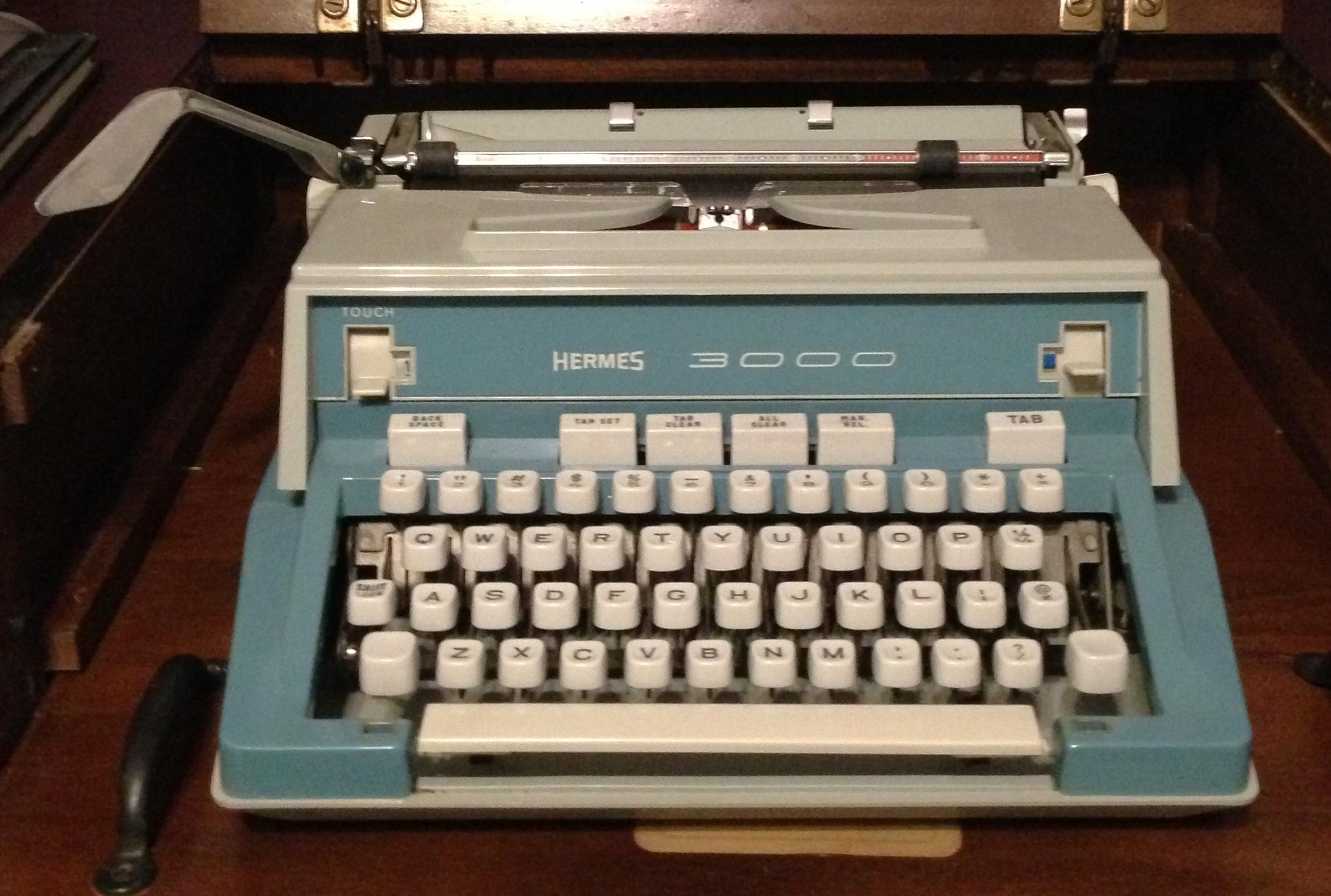 Hermes 3000 blue