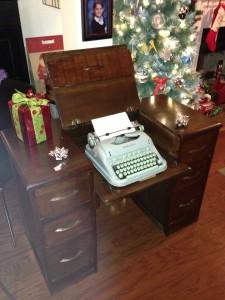 Hideaway typewriter desk